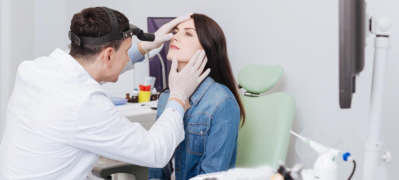 Hals-Nasen-Ohren Untersuchung